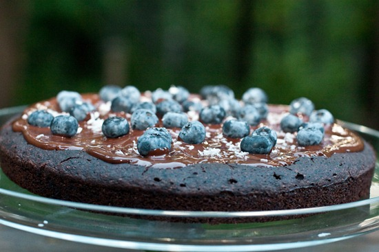 IMG 4315 thumb   Healthy Blueberry Chocolate Glaze Cake