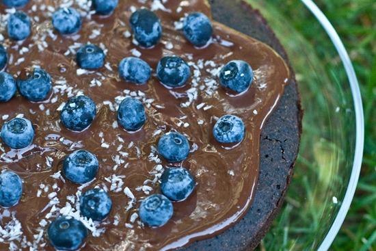 IMG 4336 thumb   Healthy Blueberry Chocolate Glaze Cake