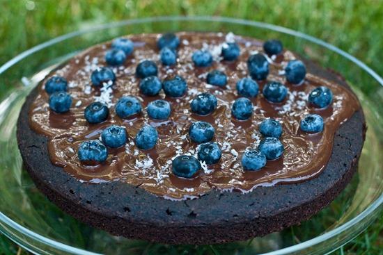IMG 4337 thumb   Healthy Blueberry Chocolate Glaze Cake