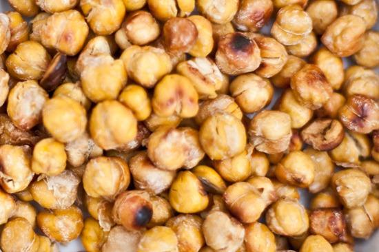 IMG 5226 thumb   Easy Salt & Vinegar Roasted Chick Peas