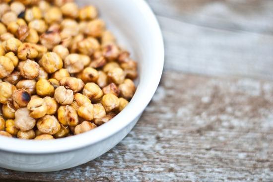 IMG 5230 thumb   Easy Salt & Vinegar Roasted Chick Peas
