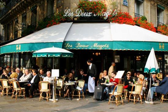paris-restaurant-les-deux-magots-b