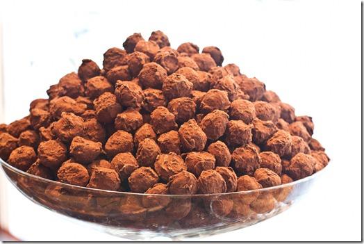 20100918IMG 7404 thumb   Dark Chocolate Pillows